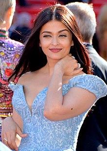 Aishwarya Rai Bachchan 260x260 image
